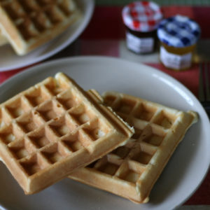 朝食用のワッフル。