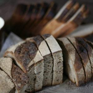 2016・1・29 石窯で焼いたパン。