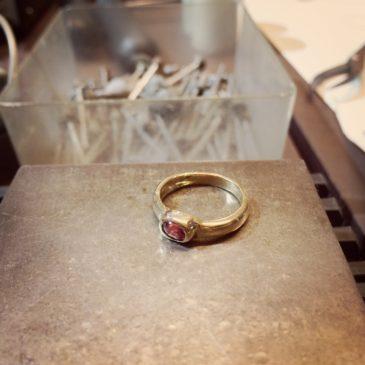 ルビーとダイヤモンドのリング(2)