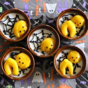かぼちゃのレオ白玉団子(下は杏仁豆腐)♡
