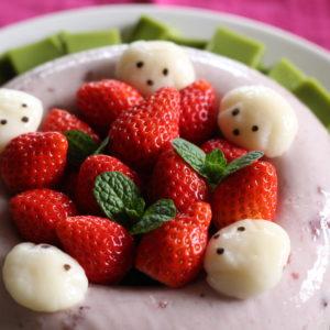 ひな祭りのスイーツはイチゴゼリーケーキと抹茶プリン♡レオ白玉団子を添えて・・・