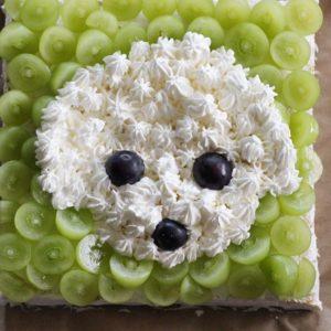 レオのうちの子記念日のデコレーションケーキ♡