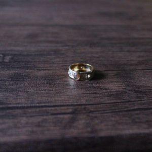 ローズカットのブラウンダイヤモンドのリング。素材:K10