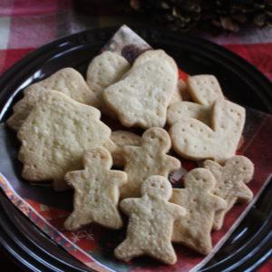クリスマス用の型抜きクッキー。