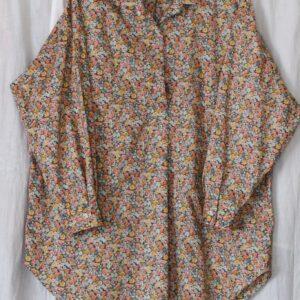 LIBERTYプリントで作ったシャツ型カットソー(姉・作)